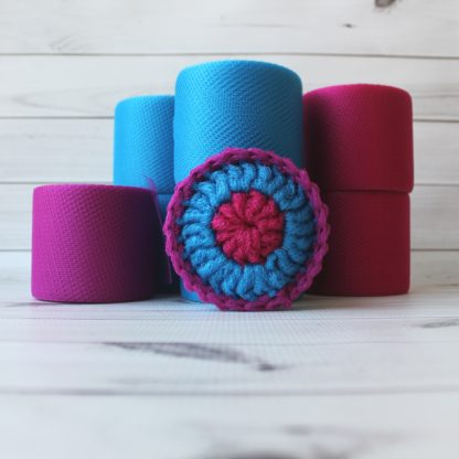la capitaine crochète diy crochet kit scouring pads scrubby scrubbies jujube blue raspberry