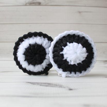 scrubbies scrubber scrubby scouring pad la capitaine crochète monochrome black white