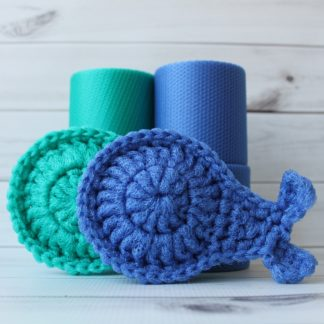 la capitaine crochète diy kits crochet scouring pads scrubbies scrubby whale turquoise periwinkle